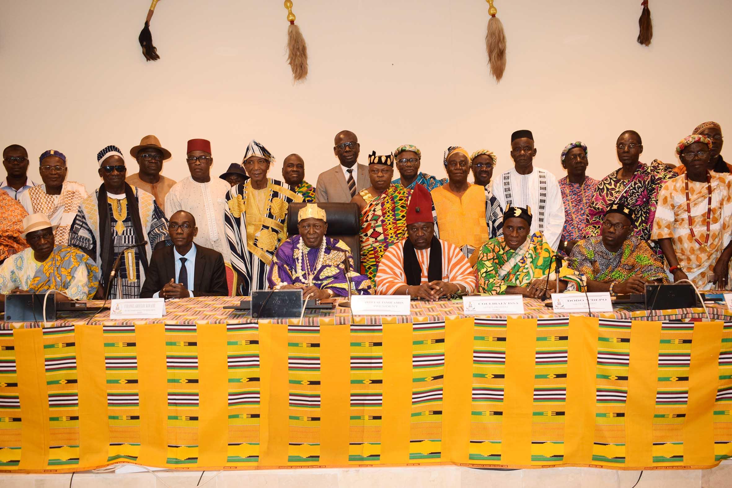 COMMUNIQUE DE PRESSE : LA CHAMBRE NATIONALE DES ROIS ET CHEFS TRADITIONNELS, ACTEUR CLE DES ACTIONS DE LA REDD+ EN COTE D'IVOIRE.