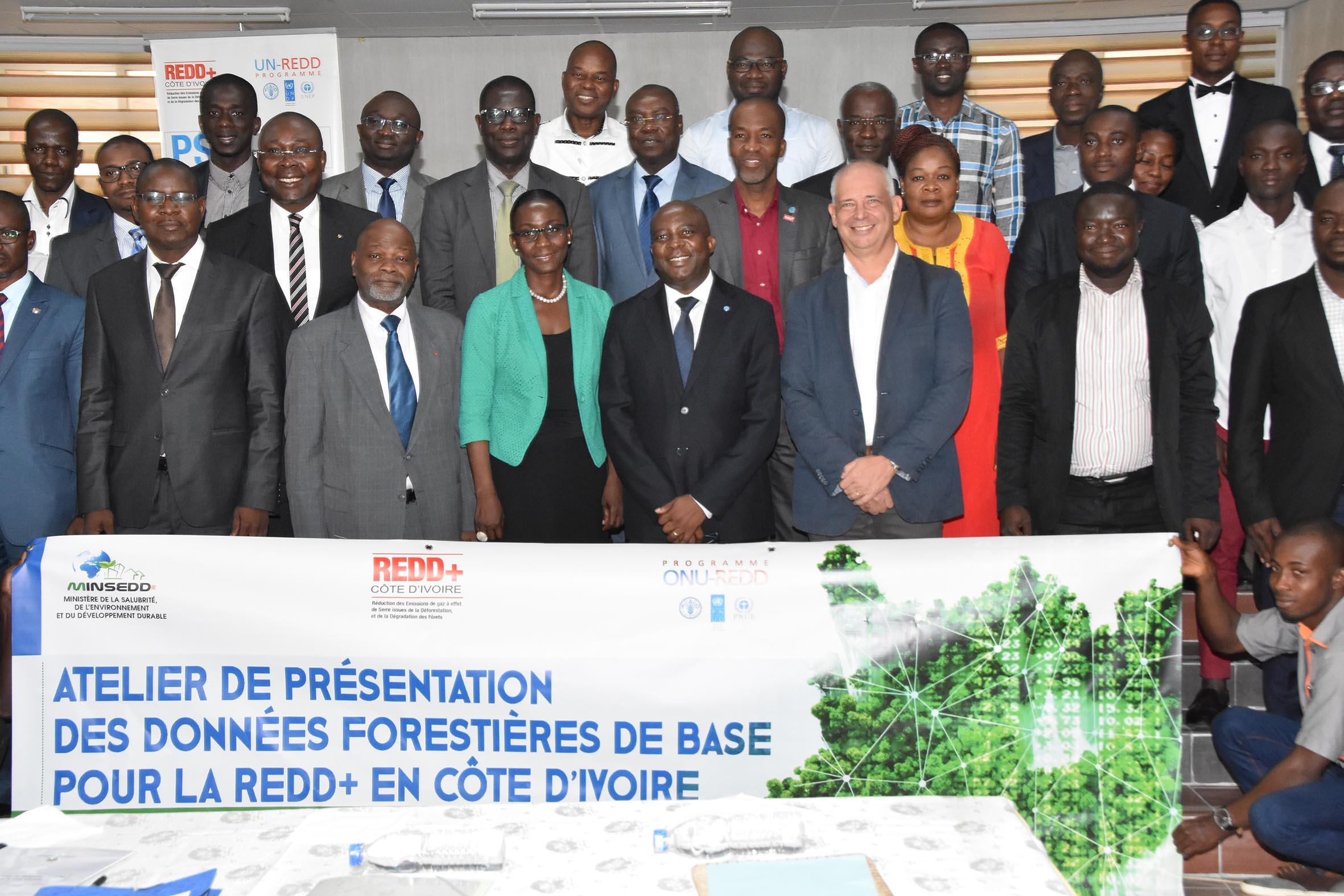 Les résultats des données forestières de base pour la REDD+ Côte d'Ivoire remis au Ministère en charge de l'Environnement